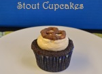 Stout Cupcakes 8 // pale yellow