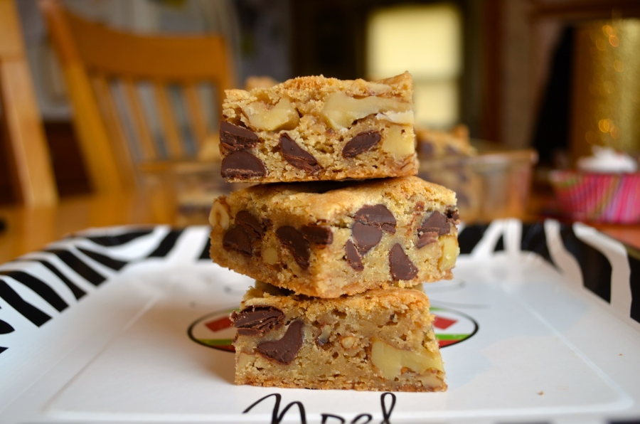 Chocolate Chip Walnut Blondies // Pale Yellow
