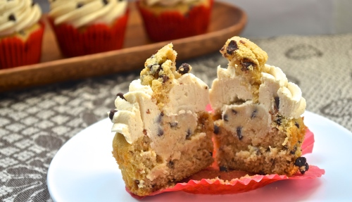Chocolate Chip Cookie Dough Cupcakes // Pale Yellow