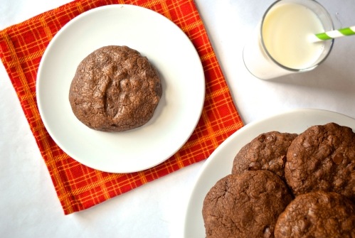 Double Chocolate Cookies // Pale Yellow