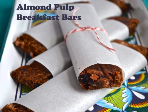 almond pulp breakfast bars // pale yellow