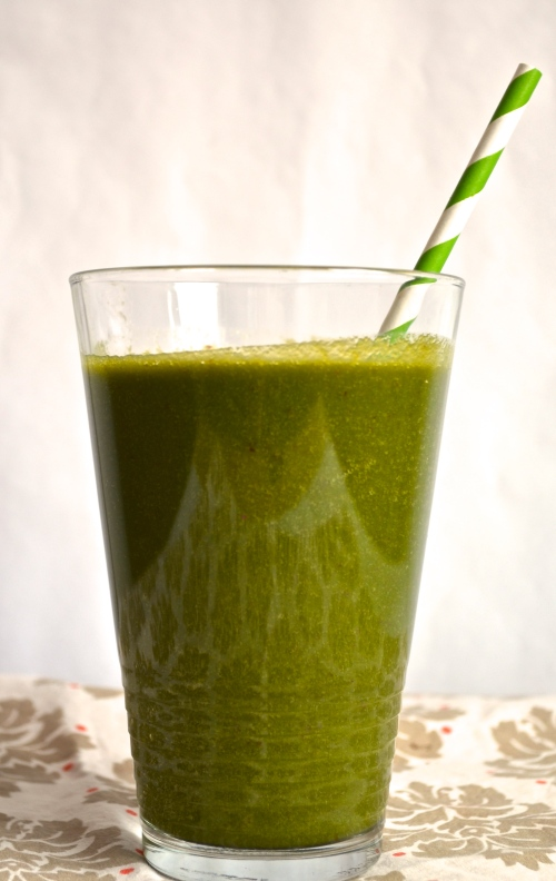 Green Smoothie // Pale Yellow