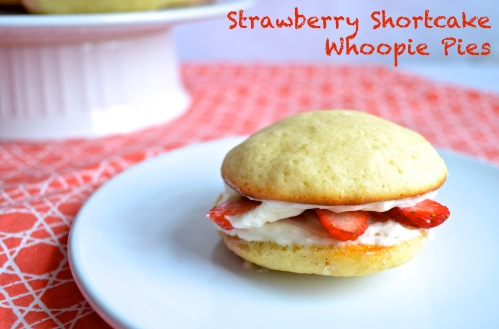 strawberry shortcake whoopie pies // pale yellow