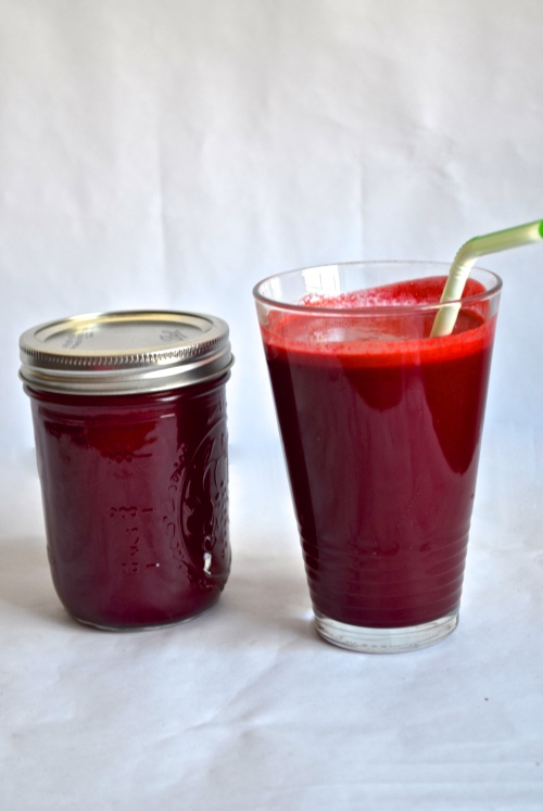 carrot apple ginger beet juice // pale yellow