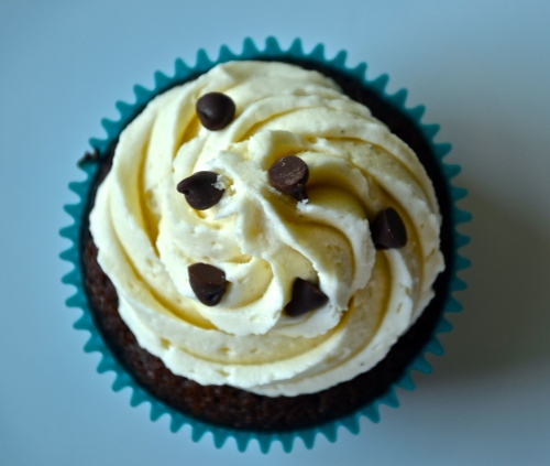 Irish Coffee Cupcakes | Pale Yellow