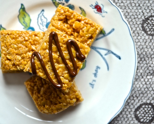 brown butter biscoff rice cripsy treats | Pale Yellow