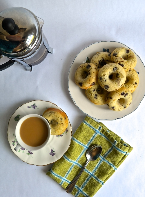 banana nut chocolate chip baked doughnuts | pale yellow