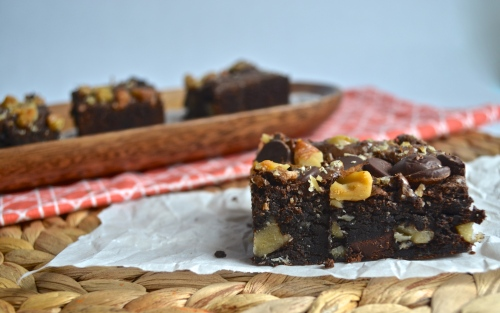 Fudge Walnut Brownies | Pale Yellow