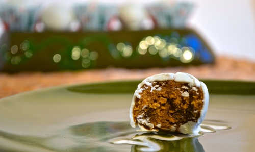Gingerbread Cookie Dough Truffles | Pale Yellow