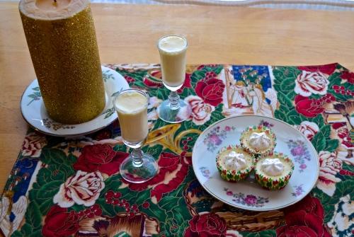 mini eggnog cheesecakes | pale yellow
