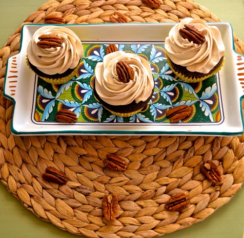 chocolate bourbon pecan pie cupcakes | pale yellow