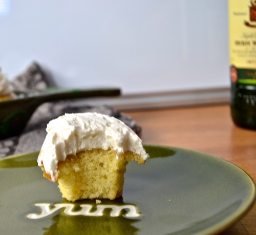 vanilla whiskey cupcakes | pale yellow