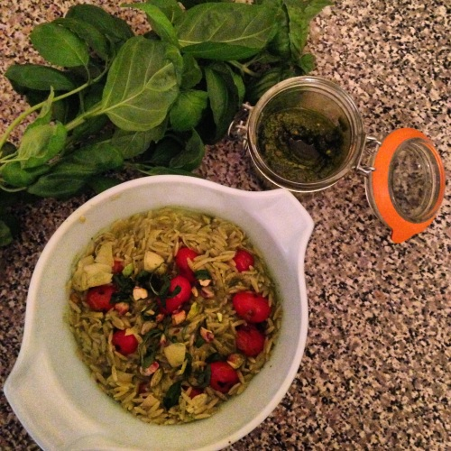 vegan pesto pasta | pale yellow