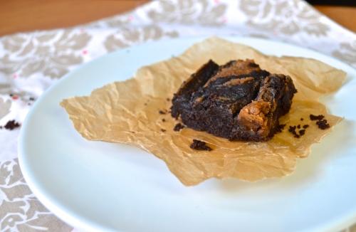 peanut butter swirl brownies GF | pale yellow