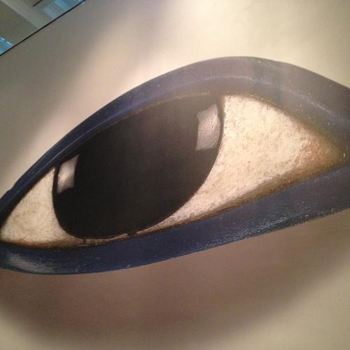 Eye'm watching you | Pale Yellow