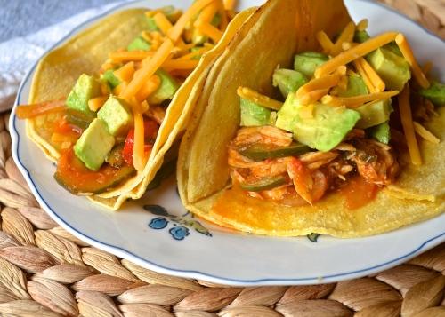 Crockpot Chicken Tacos   Pale Yellow