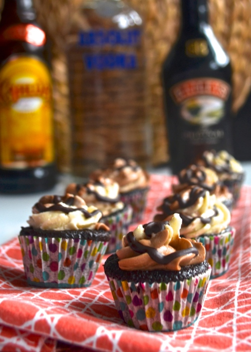 mudslide cupcakes | pale yellow