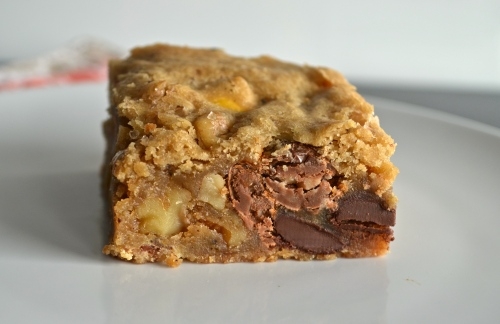Brown Butter Blondies with Chocolate, Walnuts, and Toffee Bits | Pale Yellow
