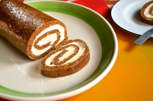 Pumpkin Roll | Pale Yellow
