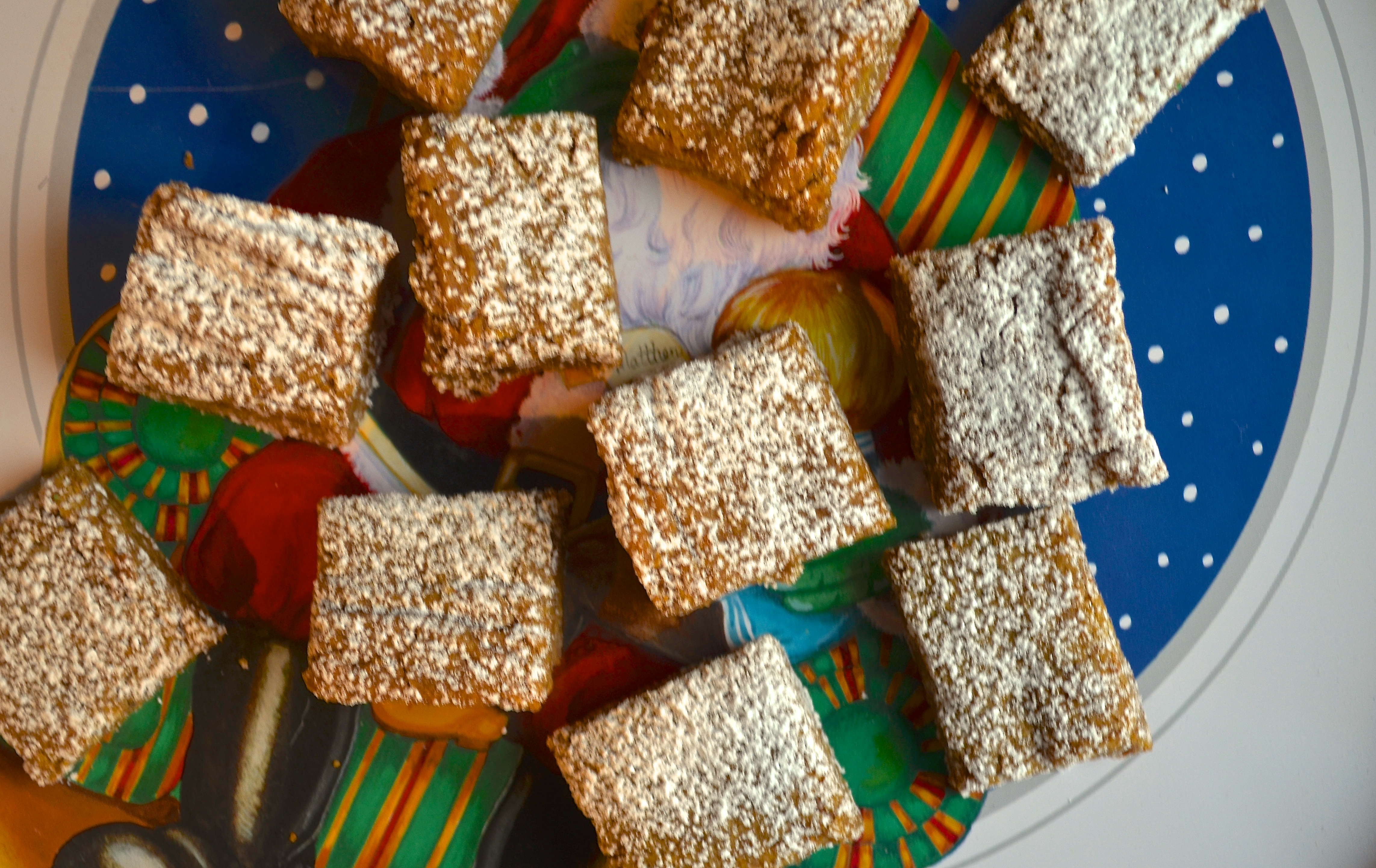 Gingerbread Squares — Pale Yellow